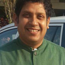 Praveen Chakravarty